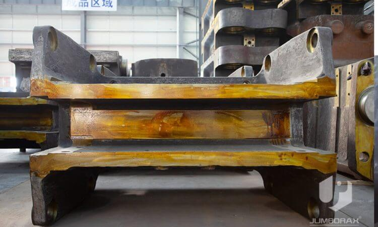 Jaw Crusher Rear Edge3